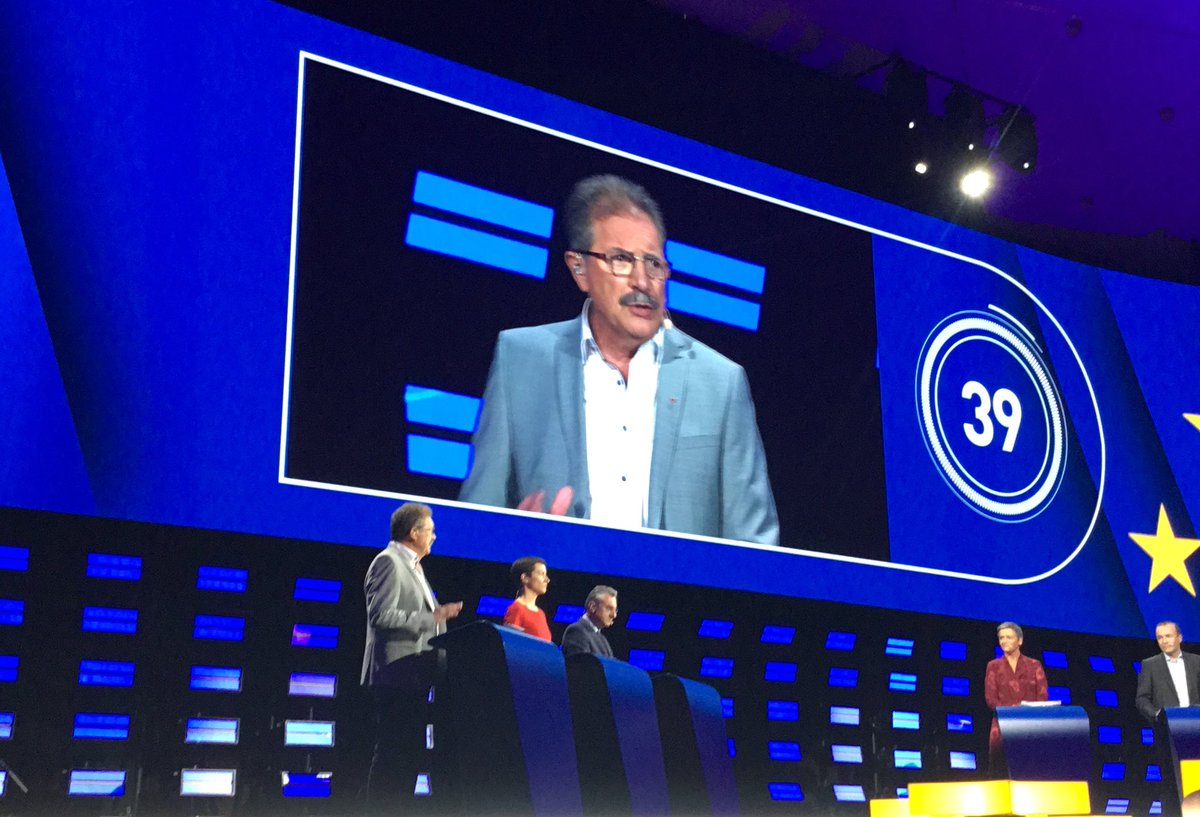 """Thanking the young people of #FridaysForFuture for taking to the streets, @AvecNico calls for real #ClimateAction to tackle big polluters responsible for 70%+ of CO2 emissions. """"They found billions to rescue the banks, now we need to rescue the climate"""" #TellEurope #AvecNico"""
