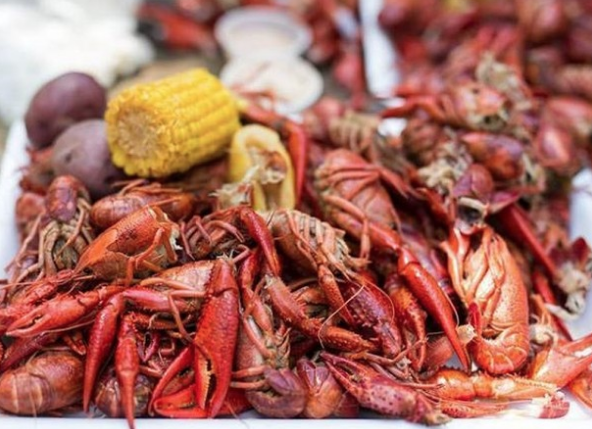 Mudbug Mania! We're counting down until the #CrawfishBoil on Sat. May 25, 4-6PM! Plus #LiveMusic from #DistrictBrassBand! We got a $35 bundle of #Louisiana #Crawfish, Corn on the Cob, tangy Coleslaw, quarter Muff-a-Lottas, Cornbread and more! @davidjagee @BassHeavySlim @thomaseby