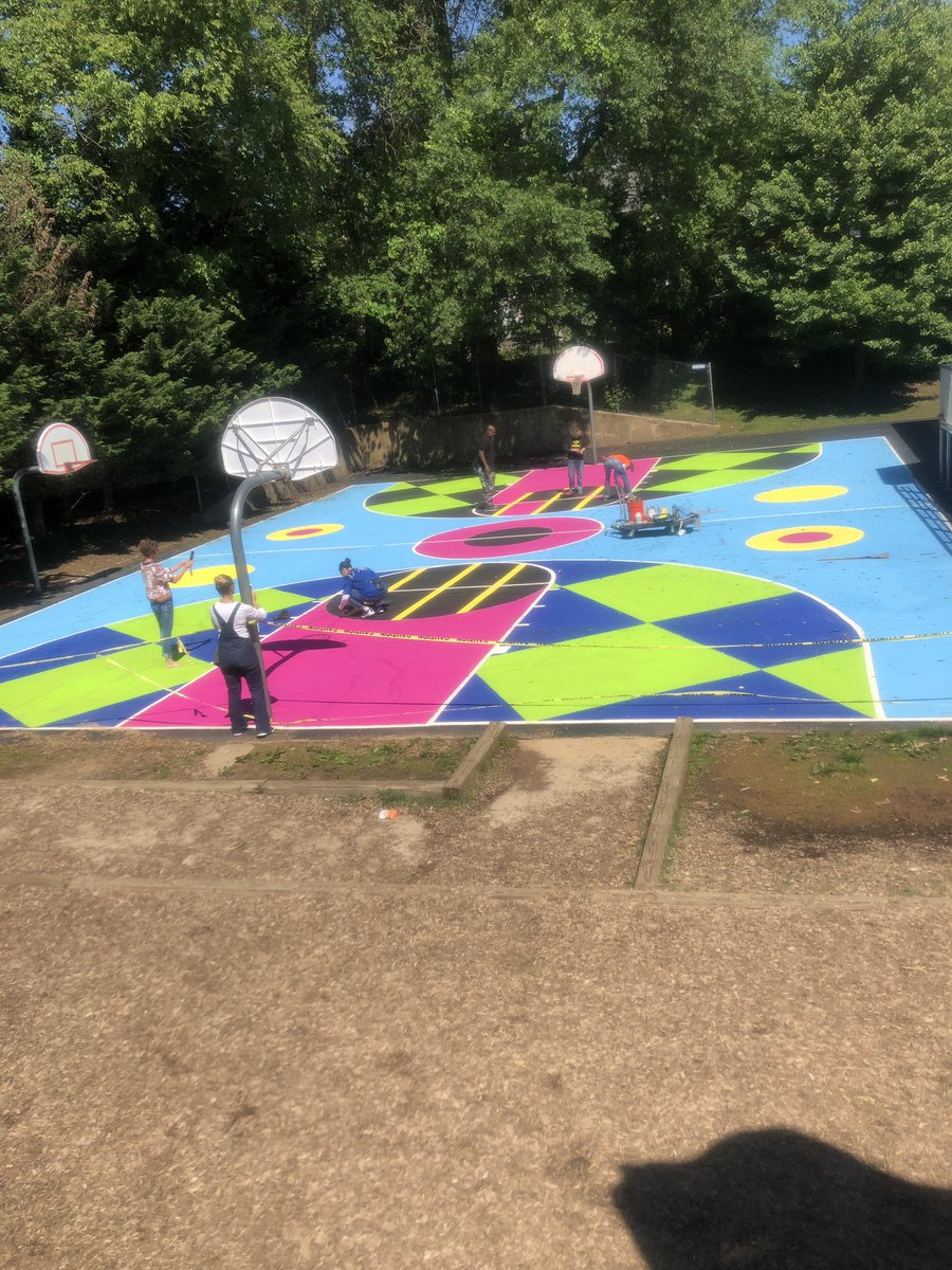 Basketball court update: we think we will be finished on a Friday if the weather stays nice! We are very proud of our fourth graders and teachers, what an amazing project! <a target='_blank' href='http://twitter.com/glebepta'>@glebepta</a> <a target='_blank' href='http://twitter.com/APSArts'>@APSArts</a> <a target='_blank' href='http://twitter.com/glebeart'>@glebeart</a> <a target='_blank' href='http://search.twitter.com/search?q=glebeEagles'><a target='_blank' href='https://twitter.com/hashtag/glebeEagles?src=hash'>#glebeEagles</a></a> <a target='_blank' href='https://t.co/OxziTyWM54'>https://t.co/OxziTyWM54</a>