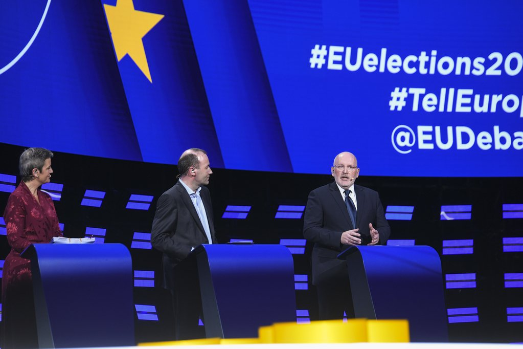 .@TimmermansEU declares: We have a collective responsibility: Its our fault that people who used to vote for us are now voting for nationalist parties. To our citizens; we will make them come back to the European project. #TellEurope #EurovisionDebate #EUelections2019