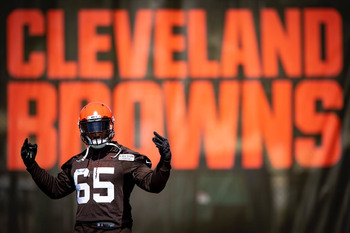 Cleveland Browns @Browns