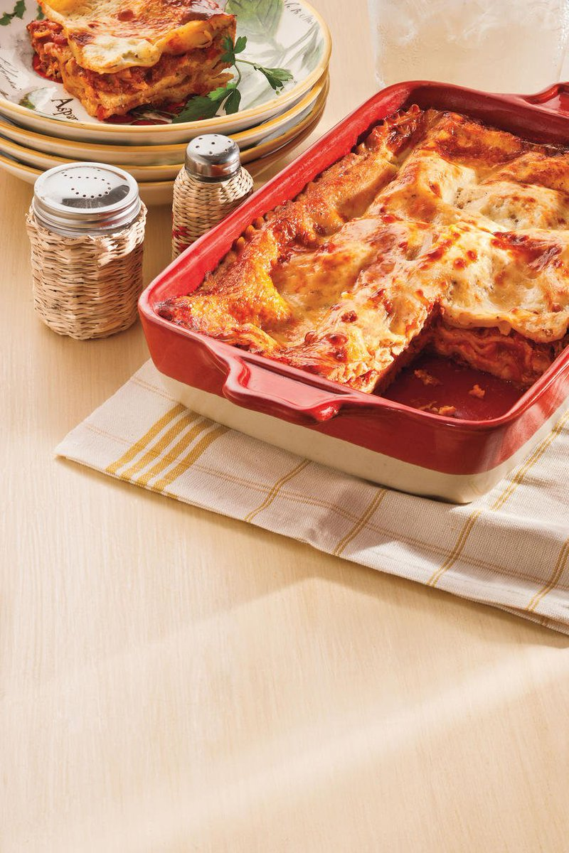 Classic #lasagna is always a good option when putting something #tasty together for dinner.  https://t.co/fhguTvIqdv https://t.co/ooBOdkILOW