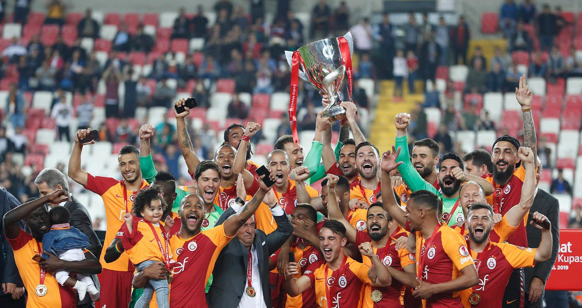 That's the first one! Thrilled to make you all happy tonight! Move on even stronger! #KupaBeyiGalatasaray