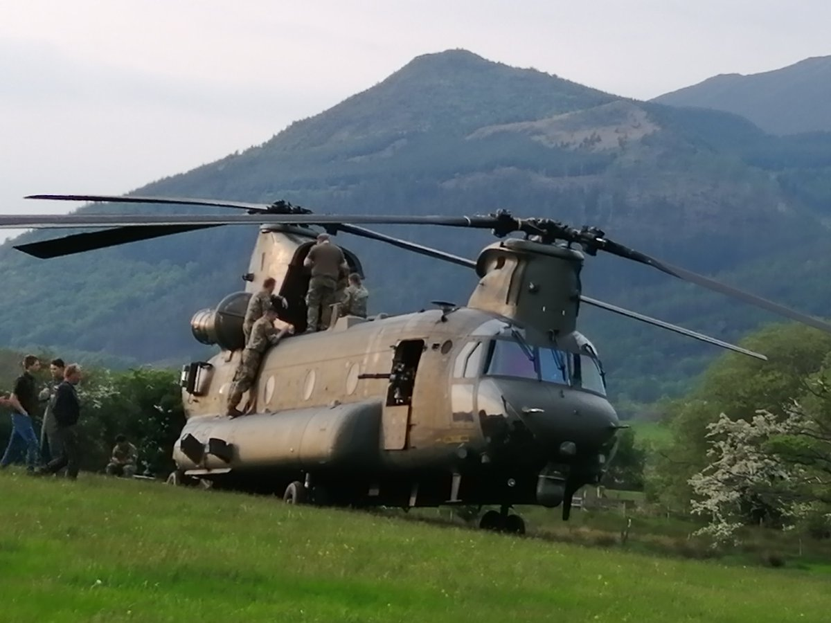 When you are minding your own business and a chinook stops near your house @keswickbootco @