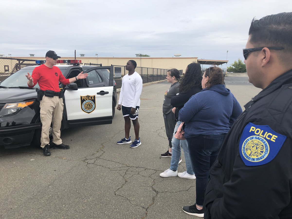 """Today, a group of local high school students  got the """"SPD Academy Experience"""",they participated in the Force Options Simulator, Vehicle stops scenarios, physical agility  & air operations,had a great time showing these awesome kids our job! #sacpd #TOGETHERwearegreat @Chief_Hahn"""