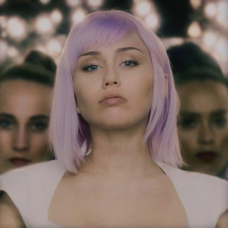 Miley Cyrus Updates's photo on Black Mirror