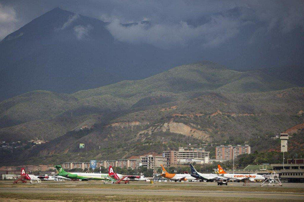 U.S. orders suspension of flights between the U.S. and Venezuela http://www.reuters.com/article/us-venezuela-politics-usa-airlines-idUSKCN1SL2F2?utm_campaign=trueAnthem%3A+Trending+Content&utm_content=5cdcb792e506e70001082ed6&utm_medium=trueAnthem&utm_source=twitter…