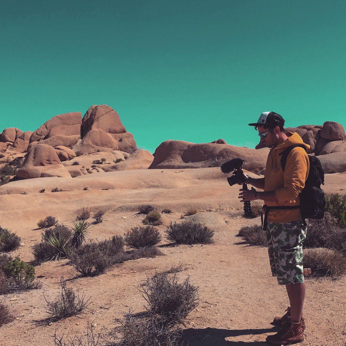 Filming in Joshua Tree National Park, CA . . . . #vasilismanjuranis #joshuatree #joshuatreenationalpark #joshuatreebouldering #thejoshuatree #filming #greekyoutuber #greekvloggers #greekvlogger #travelblogger #traveling #solotraveler #traveler #travel  #california #nationalparks