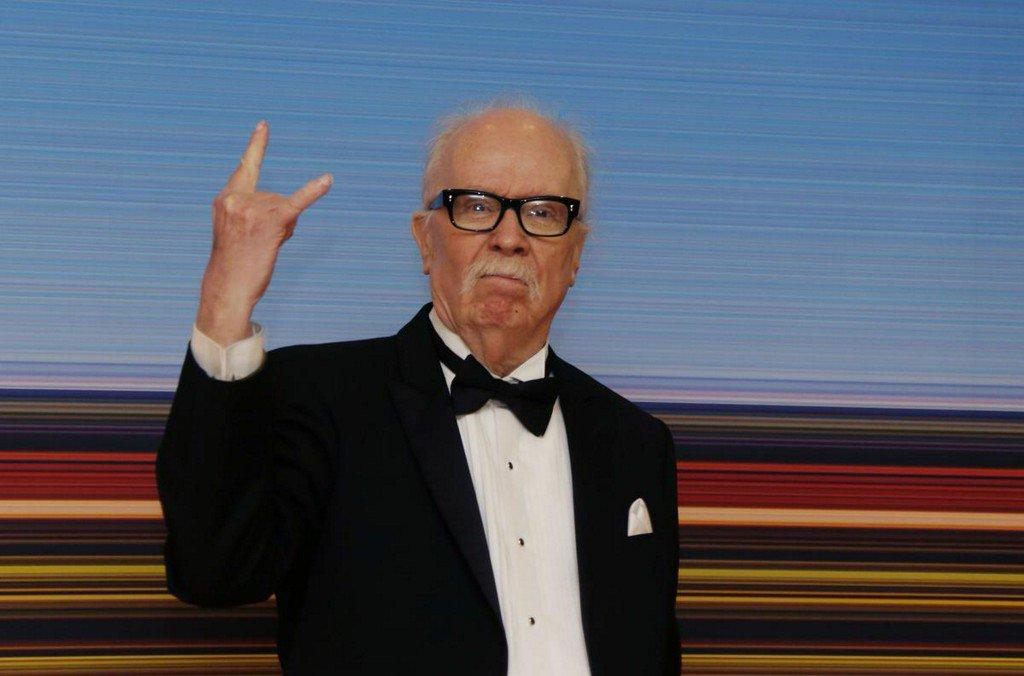 Cult horror director John Carpenter honored at Cannes https://t.co/Ue1LXaAMI8 https://t.co/WpPlBFSrOj
