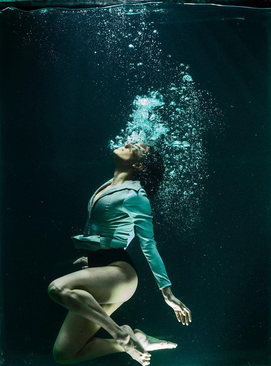 подумал, что дамы под водой видео домашнее