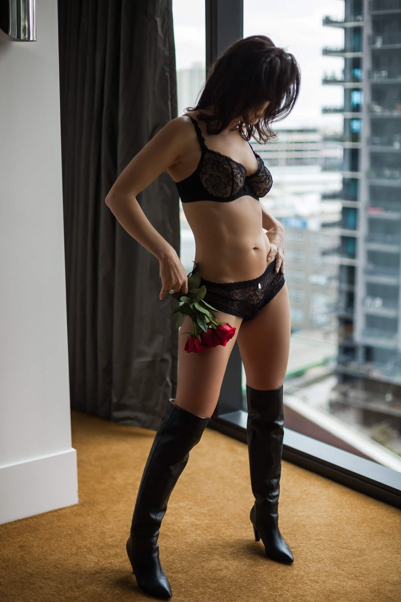 Isabelle grey independent private escort