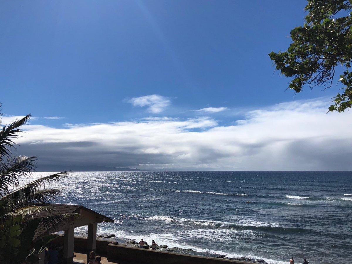 test Twitter Media - Bright breezy and warm at Ho'okipa. #cmweather #Maui #surf #windsurf #mauinokaoi https://t.co/BrFm8v5CYZ