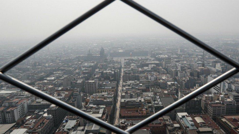 """La contaminación en los últimos días es """"como si fumáramos entre 7 y 8 cigarros"""", explica especialista http://bit.ly/30pB2yk"""