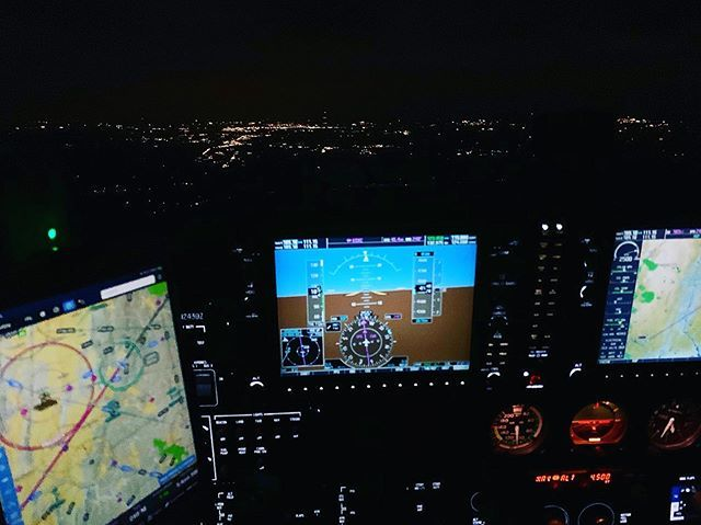 Somewhere over Connecticut, at night — 14 CFR § 61.129 (a)(3)(iv) is in the books! #Cessna172 #CessnaSkyhawk #NewEngland #CommercialNightXC #PilotLife #SWELife #AvGeek #Flying #GeneralAviation #WhyIFly #LifeFromAbove #GoPro #GoProPilot #Aviation #Instagr… http://bit.ly/2Q5y7pT