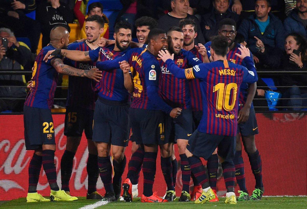معادلة حبك لا بد ان تكرر وتحفظ .! فغيرنا يحب بينما نحن نعشق .! #برشلونة