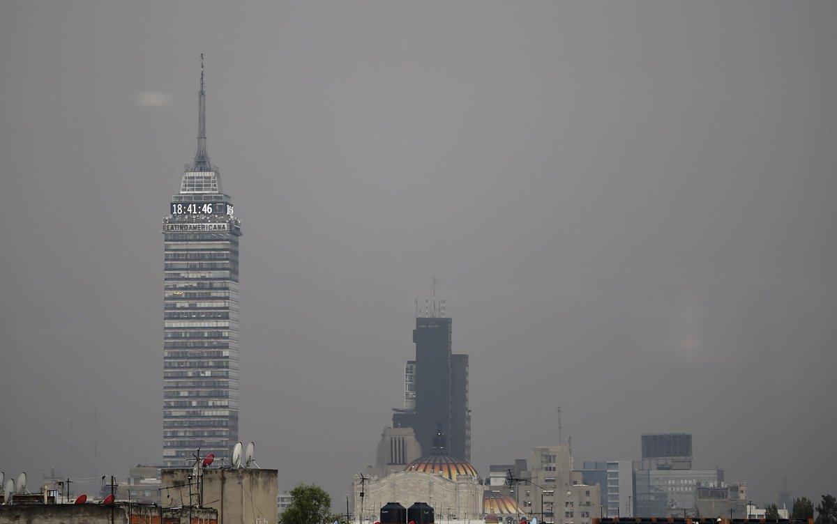 #Ampliación Suspenden clases en escuelas de nivel medio superior del Valle de México por contaminación http://bit.ly/2JmIQf3