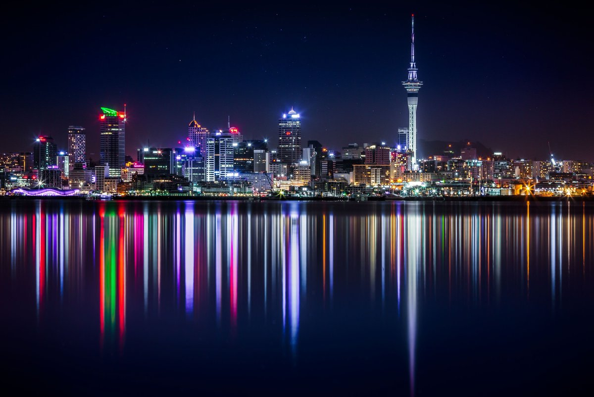 Enjoy The Day Twitter Friends― Each friend represents a world in us, a world possibly not born until they arrive...  Auckland &amp; Landscapes, NEW ZEALAND.  #HappyThursday   #FelizJueves                     #reflections<br>http://pic.twitter.com/MAXIUsClF5
