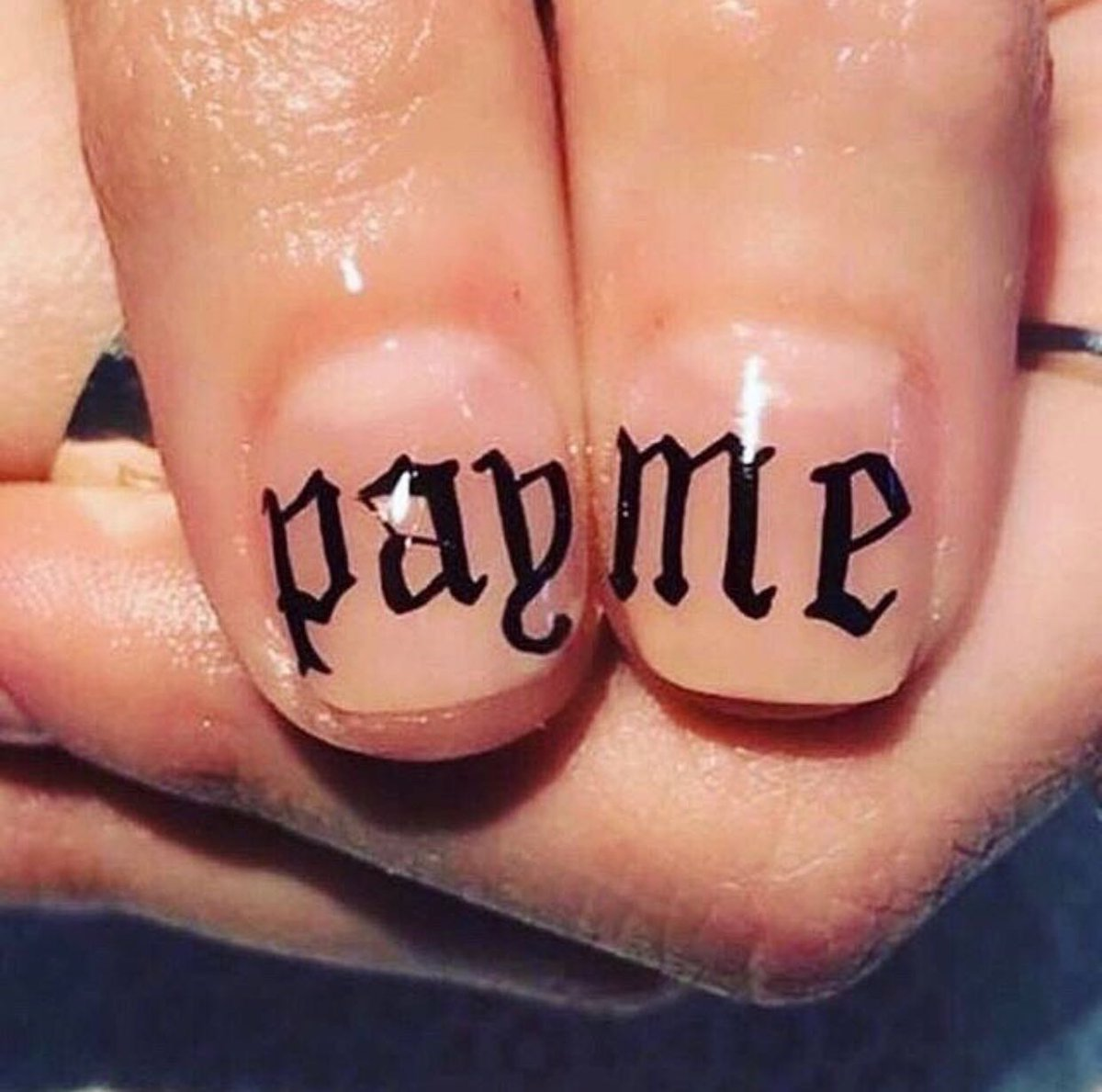 New nails, who dis? 💅💸