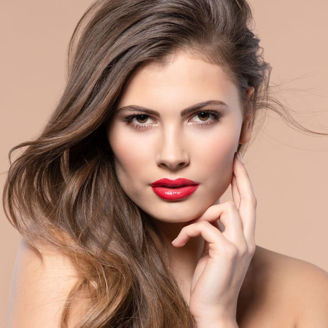 Glamour is an attitude; & red lips our fave 🍒 on top. #artdecocosmetics #lipstick #redlips #internationalwomensday #boldmakeuplook #makeuplook #boldlips #redlipstick #makeupinspo #mua