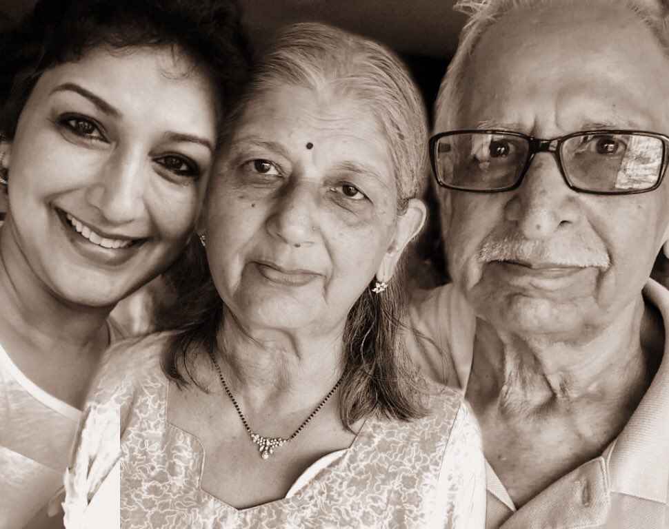 To two of my strongest pillars of strength - Happy Anniversary, Aai and Baba❤