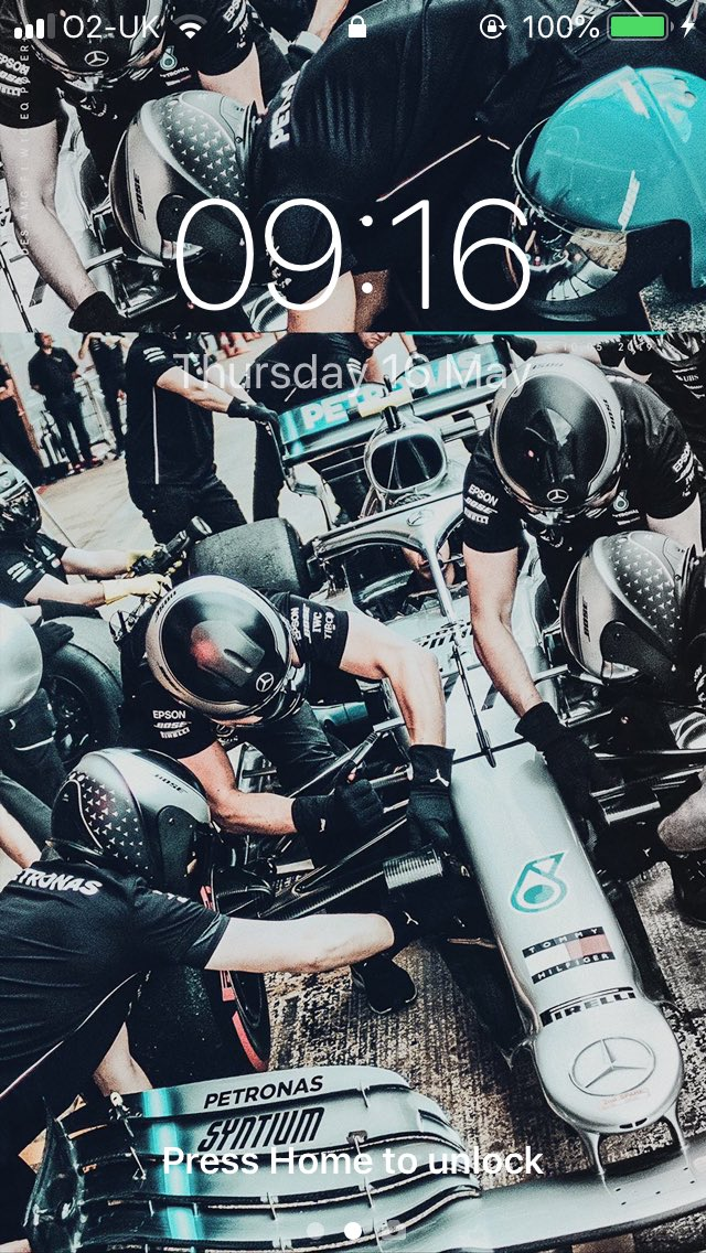 Love my wallpaper 😍 The #BestTeam always! Thank you guys! #DrivenByEachOther