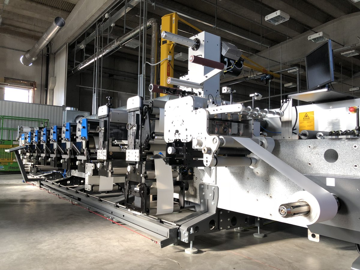 """""""We are very pleased with the quality, productivity and flexibility of the new press"""" - that`s how our customer Felga Etiketten talks about its new Gallus flexo label printing press. Read more here: https://fcld.ly/4hjdpjx#labelprinting #labels #printing #Gallus @FelgaLabels"""