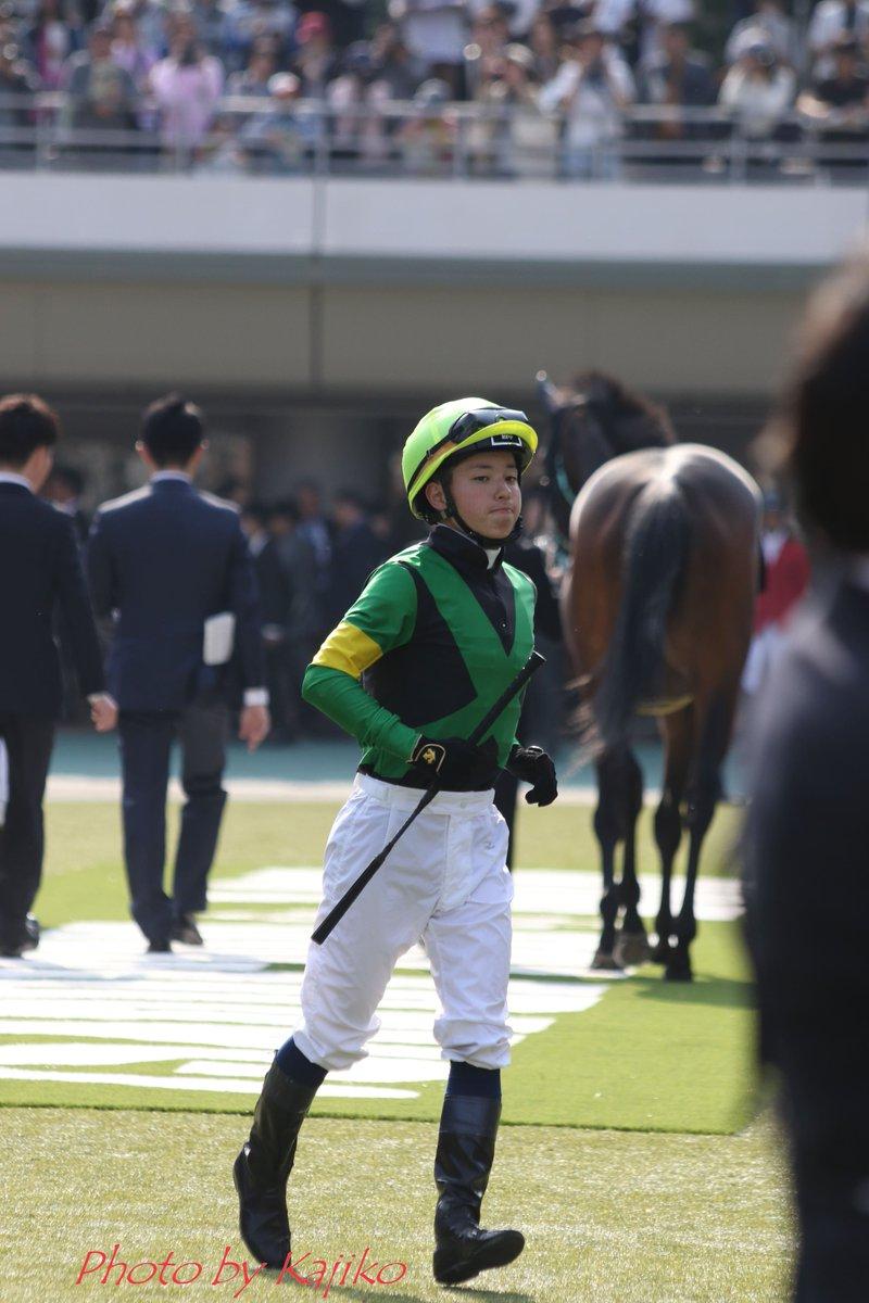 凄い強運!✨一生に一度のオークス抽選枠6分の2の確率を勝ち抜いたジョディーと武藤雅騎手㊗✨阪神JFでノボバカラの宮記念に続く2度目のGⅠ騎乗を逃したけれど(騎乗停止のため)晴れての東京競馬場1枠1番。人馬一体・相思相愛のコンビが捲土重来の予感・・・。雅くん、くれぐれも怪我には気をつけて!