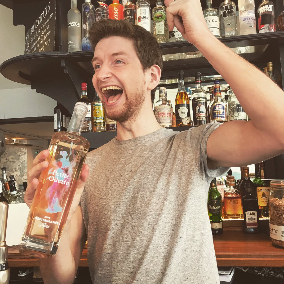 Our Dave is very excited for the #eurovisionsongcontest finals🎤Which we will be showing live on our screens📺THIS SATURDAY MAY 18th @ 8.30pm 🍻Join us for a sing along and route for your home nation!!! 🥂🍾🎈🥇  #eurovision2019 #livescreening #eurovisionparty #youngspubs