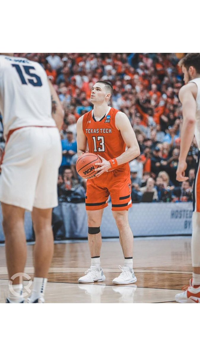 Listed my black jersey last night. Heres the link to the shoes I wore in elite 8, final 4, and national title. Other shoes are also on the sight. Ill be auctioning off much cheaper items too. Much love! ebay.com/itm/Matt-Moone…