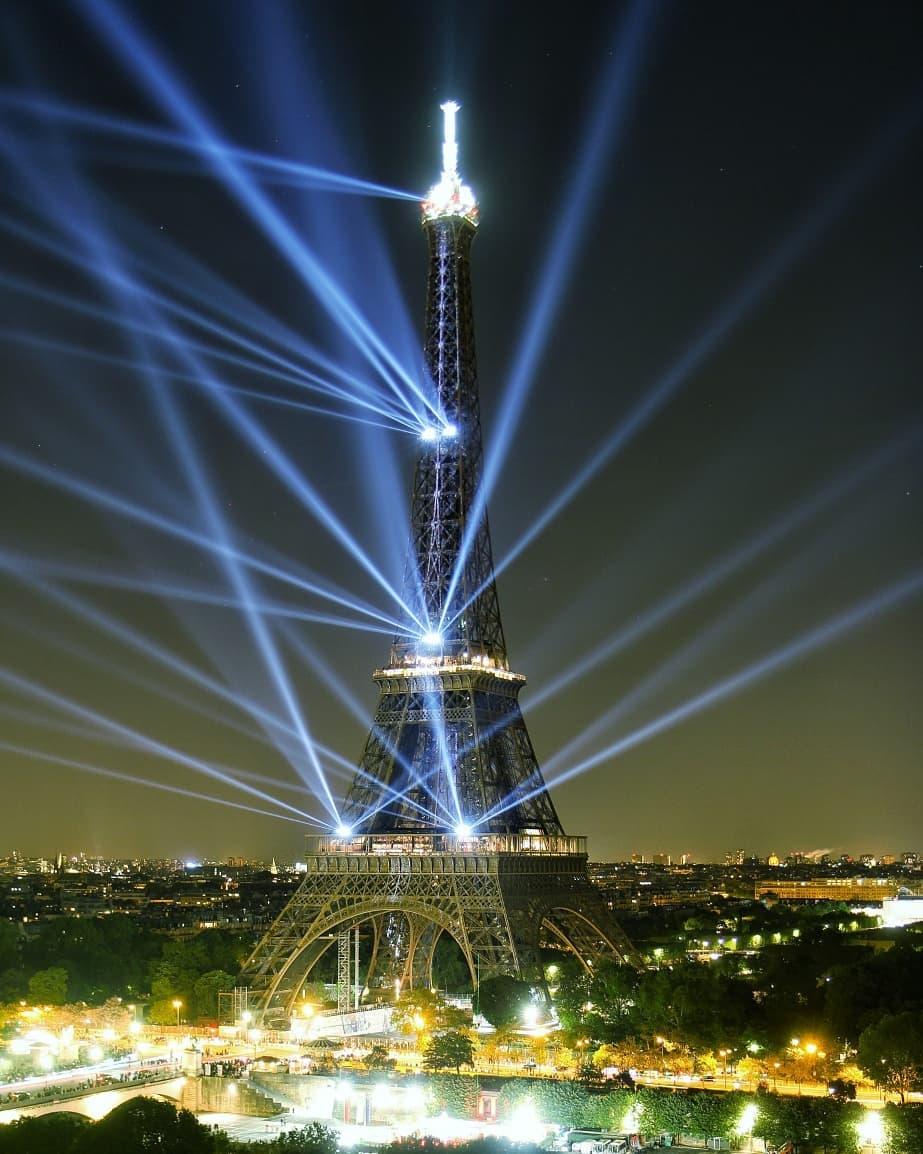 La tour Eiffel's photo on #JeudiPhoto