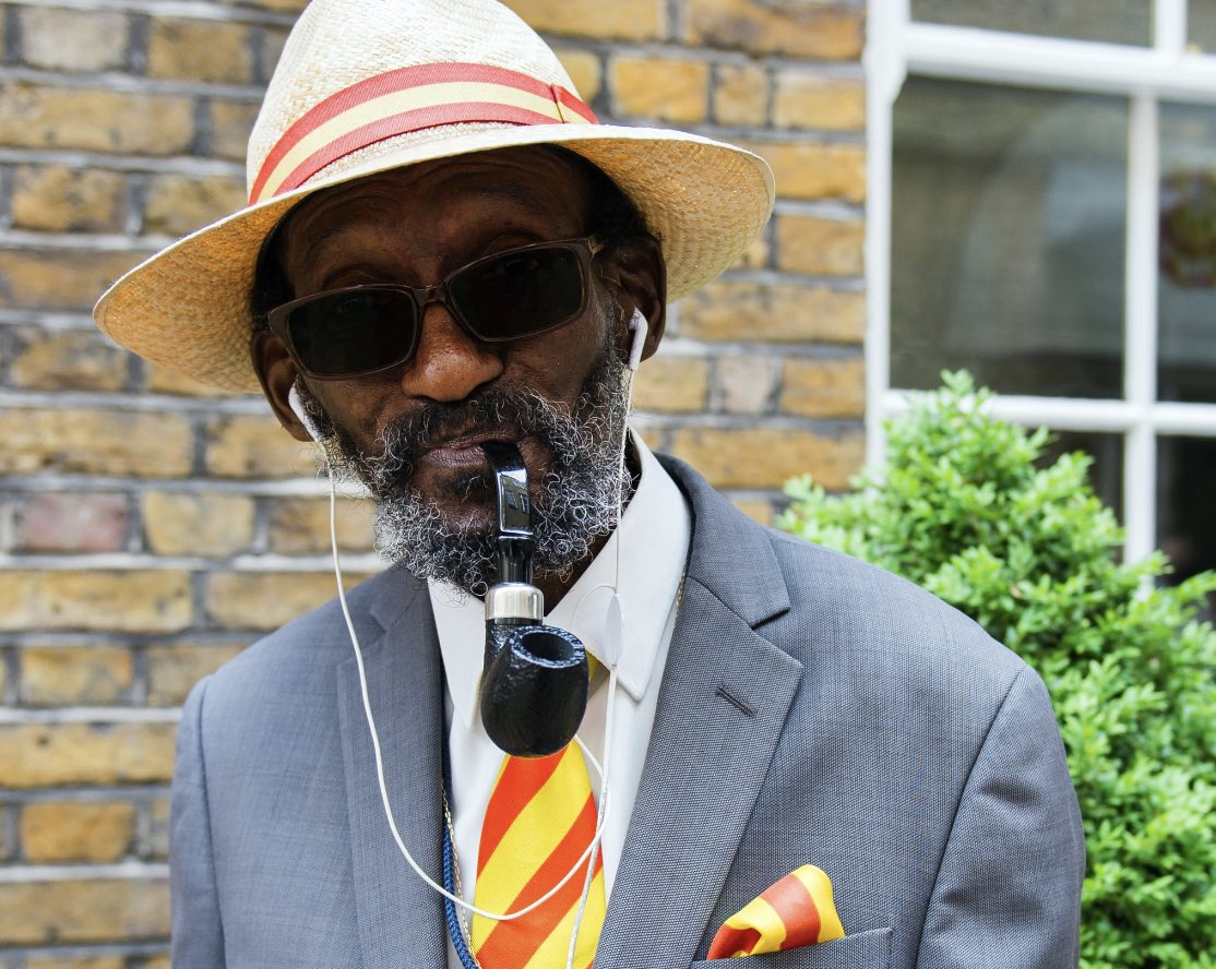 Pipe Man is no more..Very sad news. He was a Great character. A thorough Gentleman.We will miss you Sir Keith #RIP @HomeOfCricket