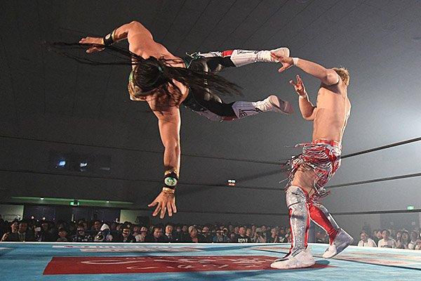 "NJPW: ""Best of the Super Jr 26"" Día 4, cuatro hombres se despegan 4"