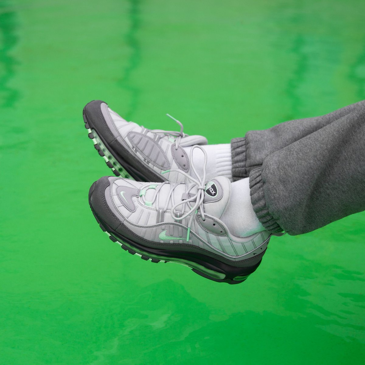 Nike Air Max 98 Vast grey Fresh mint