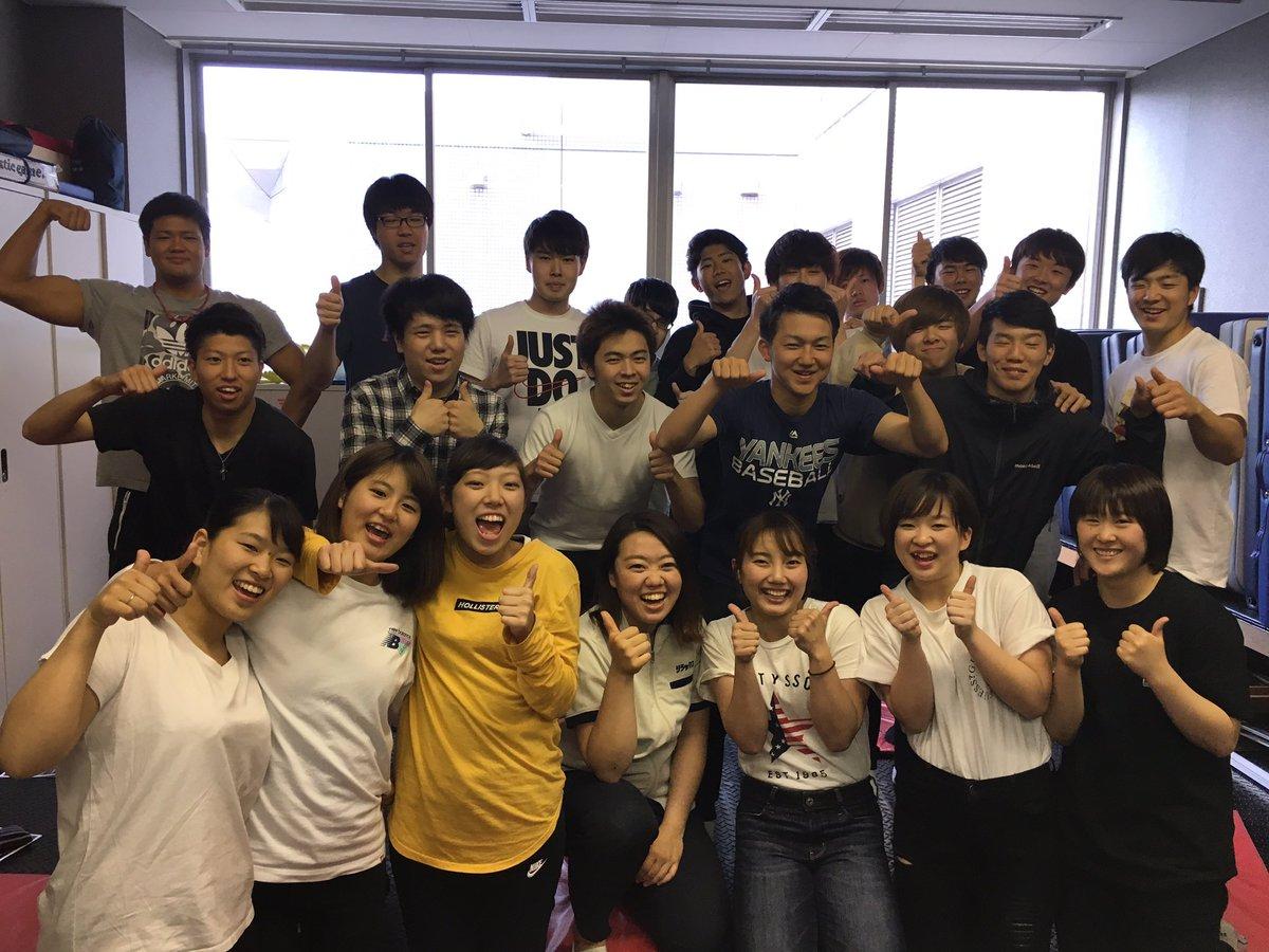 トレーナーコース2年生のホームルームにて株式会社リラックスさんに来ていただき、就職活動についてやトレーナーさんよりマッサージの施術を教わりました☺️【リラクゼーション】という業種の魅力を身体で感じることができました( ´ ▽ ` )#横浜YMCAスポーツ専門学校#トレーナー#リラクゼーション