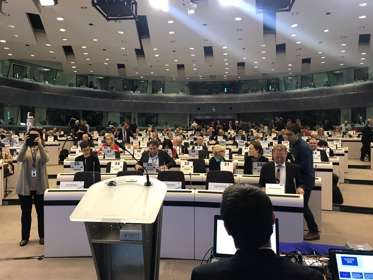 Good to meet and discuss with @EU_EESC #EESCplenary again. Strong common interests in fair competition and making sure that our we are up to a digital world. @EU_Competition