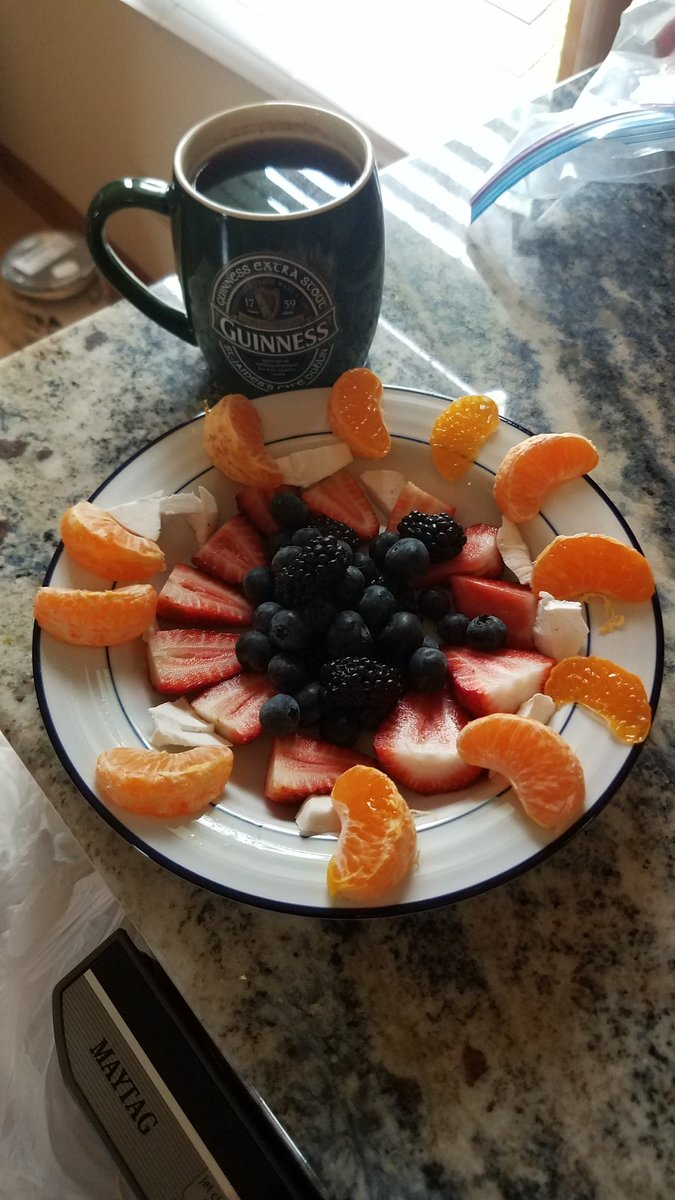 Breakfast and coffee...then off I go! 💪 https://t.co/5jXQ3MWUbd