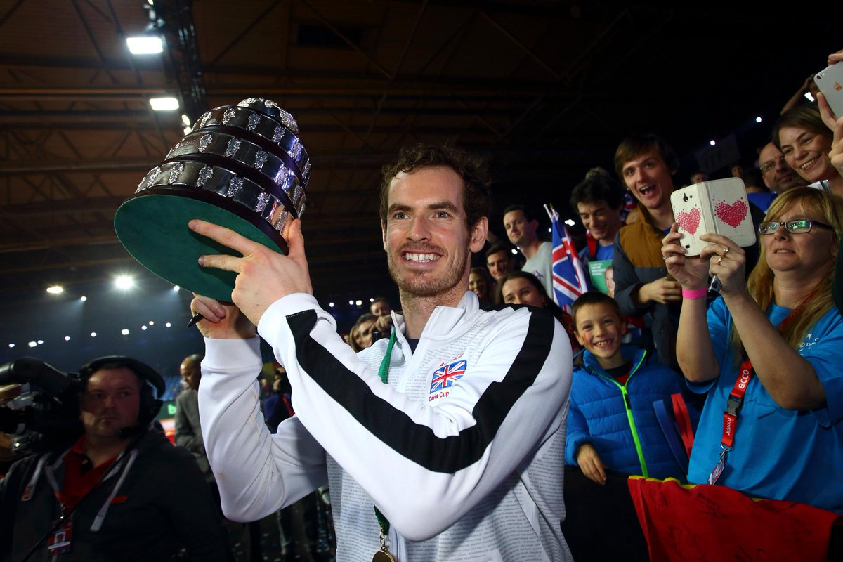 45 career titles 🏆 3 Grand Slams 🏆 41 weeks at No.1 📈 2 Olympic gold medals 🥇 1 Knighthood 👑  Congratulations on receiving your knighthood today. Arise Sir @andy_murray! 👏👏