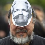 """Assange's case reflects a real danger to our society and to our times because Julian Assange is so symbolic for freedom of speech and freedom of press""--Ai Weiwei @aiww in Berlin #FreeAssange"