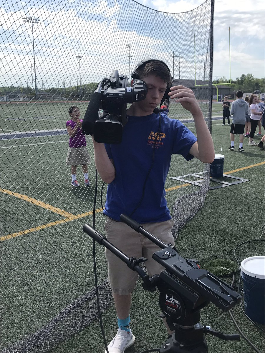HHS students in video production broadcasting the Bloodhound Race Day!  Great partnership with the City of Hudson HCTV! <br>http://pic.twitter.com/WZ4d4GFtNL