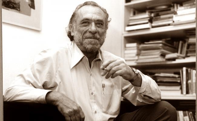 Charles Bukowski Salvarte Fácil Desfallecer Fácil