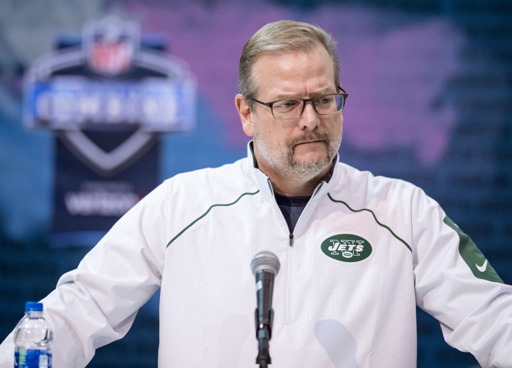 The #Jets are getting a lot of hate for firing Mike Maccagnan, but the #Chiefs fired John Dorsey in June of 2017—after letting him run free agency and draft Patrick Mahomes. KC has since won two straight AFC West titles...  The sky is not falling in NY<br>http://pic.twitter.com/hbLv3osuIO