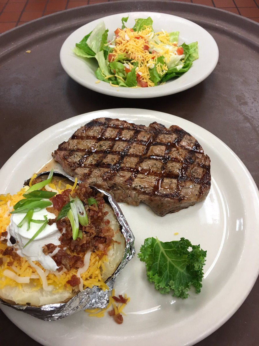 #SteakDay @wolfies290 #PGAChampionship on all day! #NBAPlayoffs  continue today! Join the fun<br>http://pic.twitter.com/lpULJ60F7D