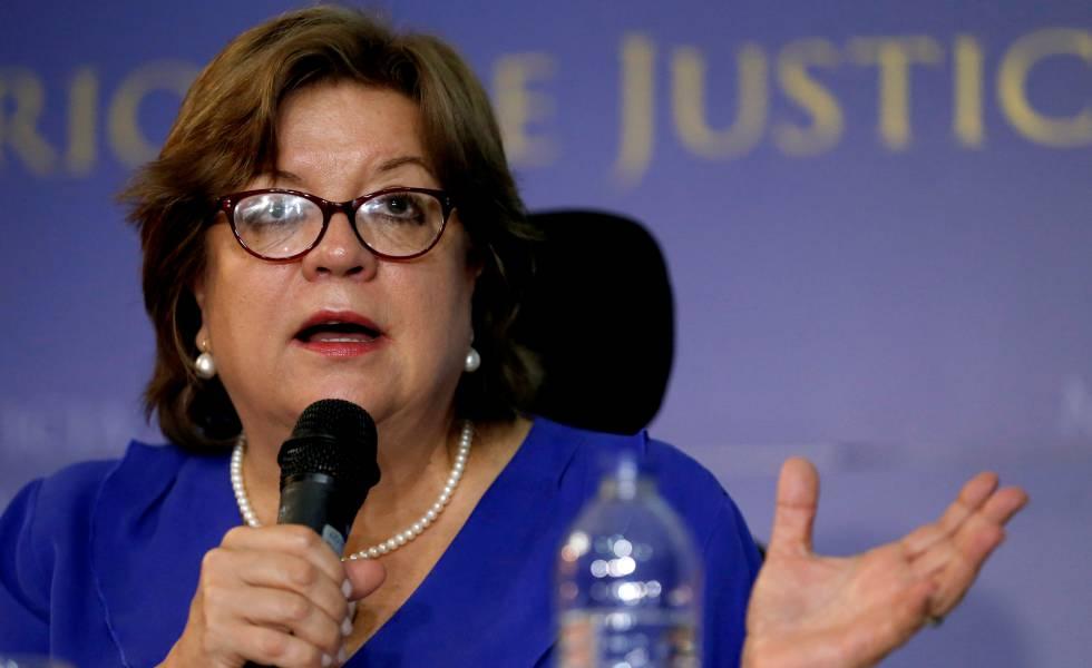 La dimisión de la ministra de Justicia ahonda la crisis institucional en Colombia #crisisinstitucional #dela #colombia https://myuri.co/CX1J