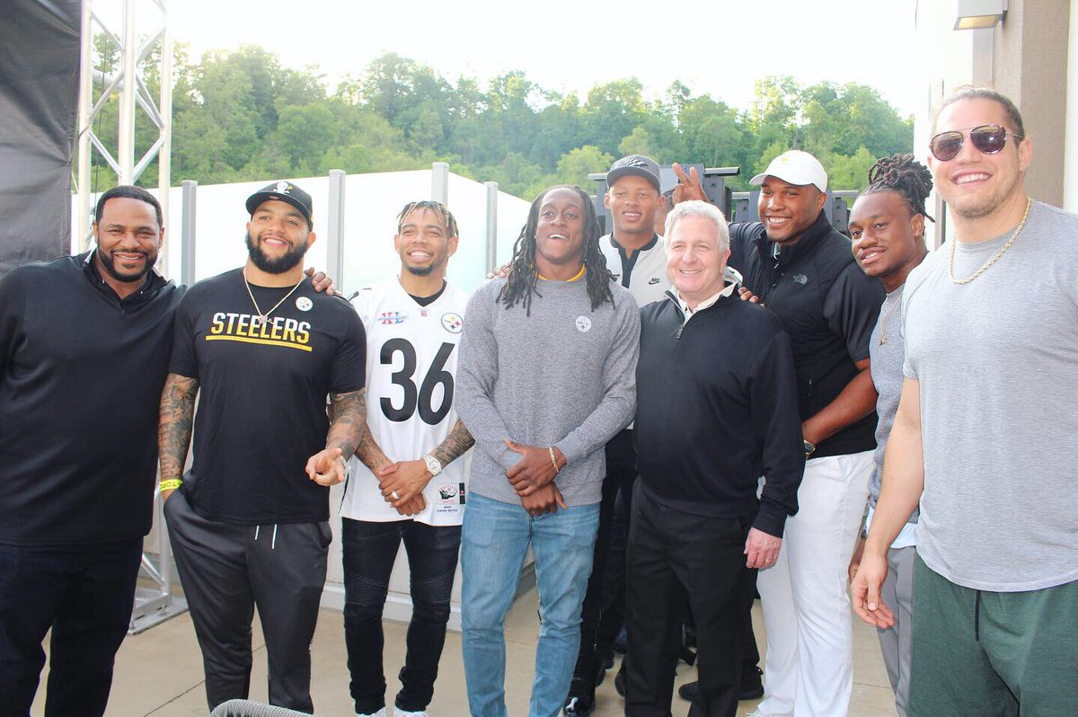 5477d7d1318b Share your community efforts using  SteelersHuddlefor100  Sweepstakes and  WIN! Together