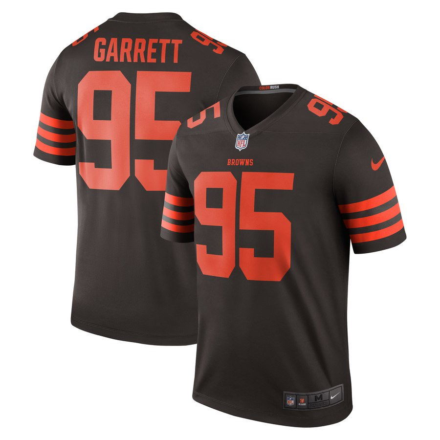 🐶✅ Give us a follow and retweet for your chance to win a @MylesLGarrett Color Rush Jersey! 🐶✅
