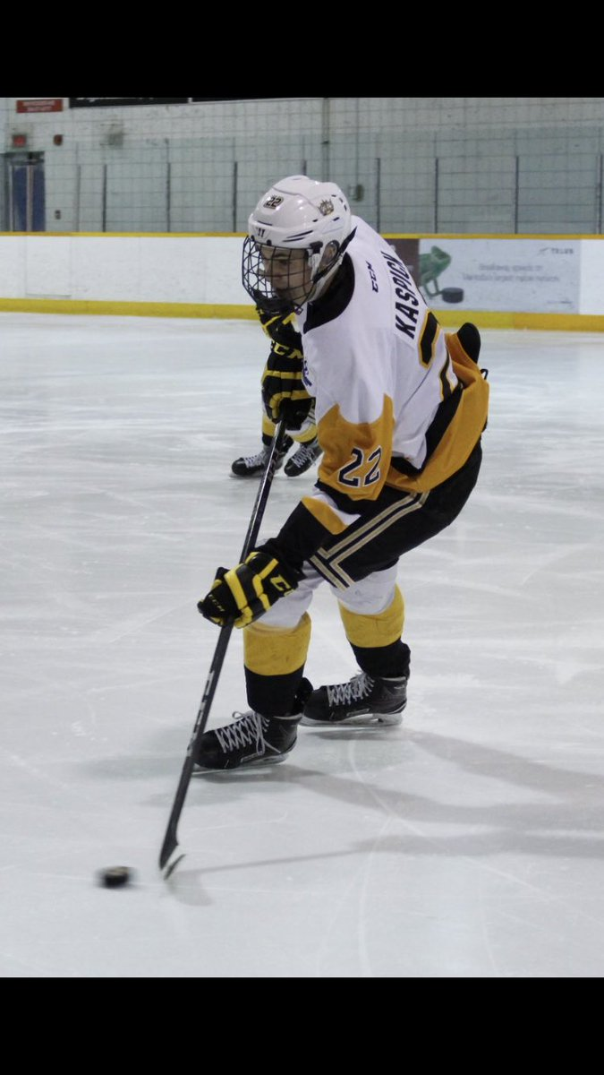 The Bombers are excited to announce that forward Mason Kaspick has committed to the club for the 2019-2020 season!   Kaspick appeared in 41 games this past season with @3Awheatkings and produced 35 points!   Mason played a huge role in helping his team win a league championship!