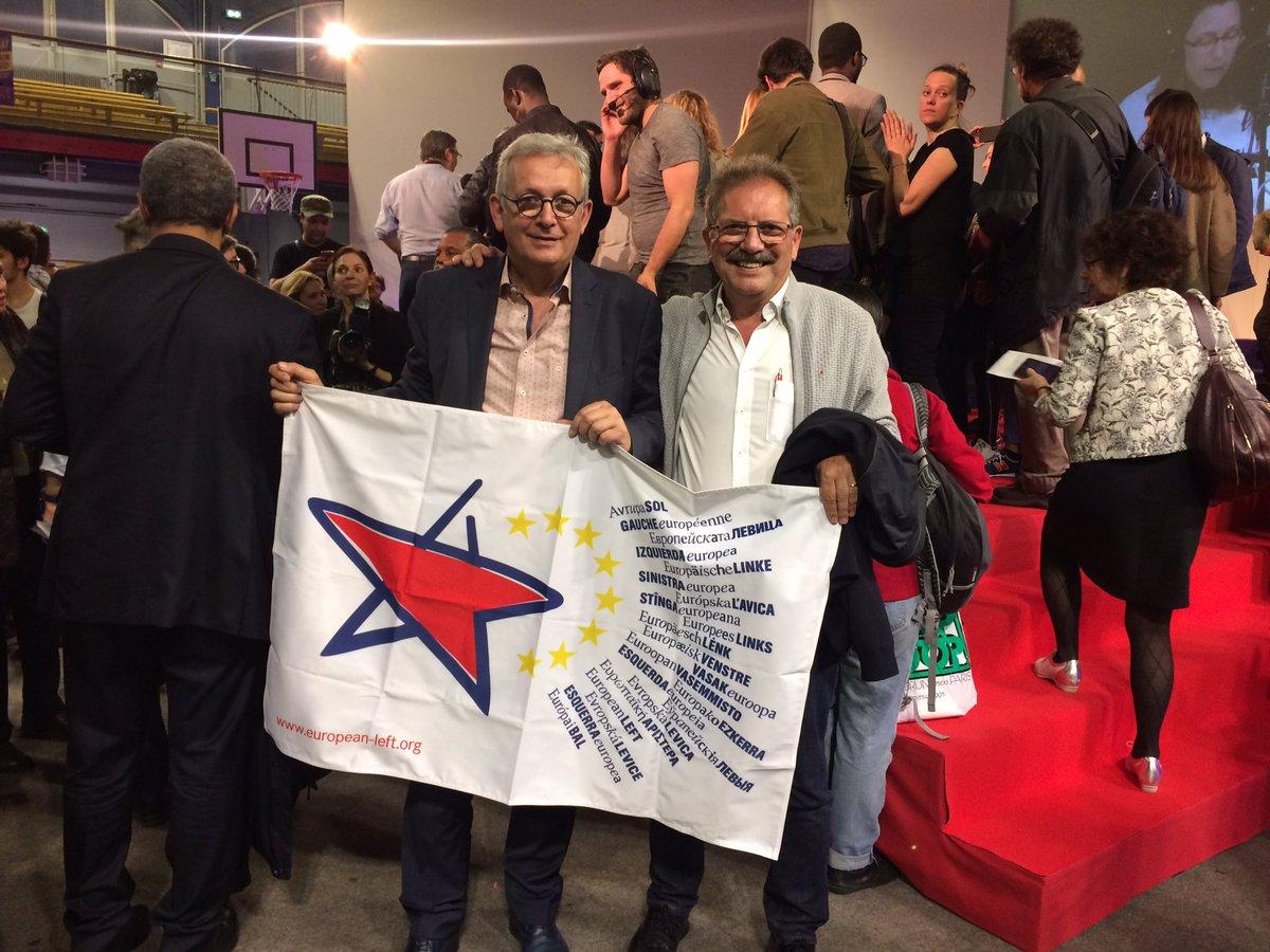 Cest fini, une meeting incroyable! Me voici avec mon camarade Pierre et la tête de la liste @PCF pour #EUelections2019, @IanBrossat ✊🏽