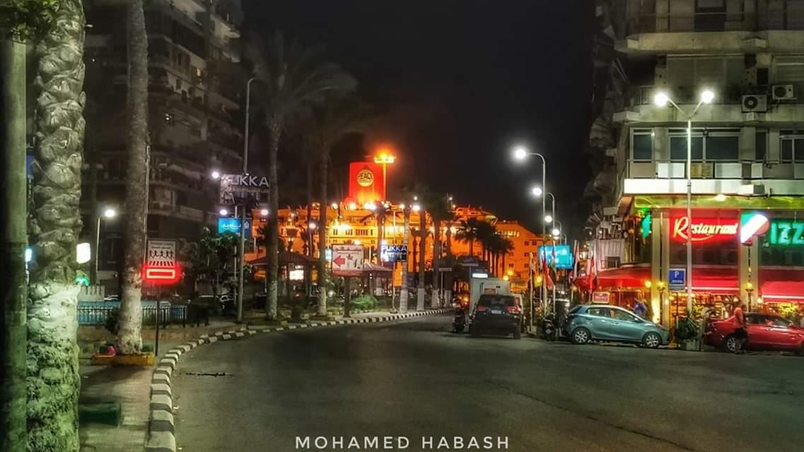 فقط في #بورسعيد تتقاطع السفن مع المباني