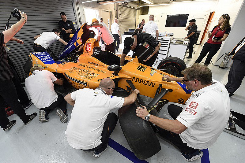 . @McLarenIndy not panicking over Alonso no-show on Day 3 of the #Indy500 practice - tinyurl.com/yy88uuaz @IMS @IndyCar
