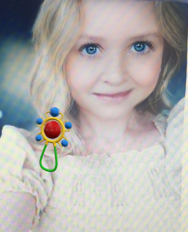 I can't stop taking photos of @JessicaCapshaw with this Snapchat #BabyFilter . SHE IS THE CUTEST !  <br>http://pic.twitter.com/OmBBMTDwIn